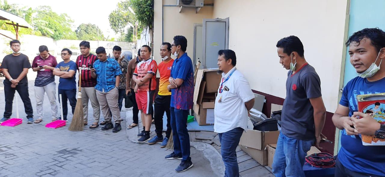 SBU Medan Gotong Royong Bersama Jumat Bersih